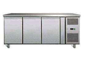 Bajomostrador Kuma 3 Puertas Modelo: GN-3100TN